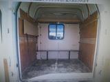 エルフUT バン 5人乗バン キッチンカー 車中泊