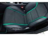 運転席・助手席ともに気になる汚れや擦れはなく、美しい状態を保っています。