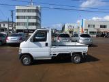 ワンオーナー車。4WD車です。走行距離は45000Kmと少ないです。