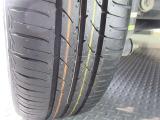 ☆装着タイヤ☆装着タイヤです!溝もしっかりとあります!
