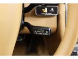 クルーズコントロールが装備されており、MT車でも遠出の際は快適にドライブをお楽しみいただけます。