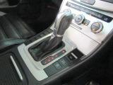 フォルクスワーゲン独自の項目チェックリストに基づき、入念に車両チェックとクリーニングを実施。美しく高品質な車をご提供します。