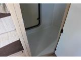 マルチルームは着替えや収納など多様に使える広さが確保されています。もちろん外側からもアク