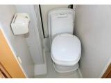 オプションの装備のカセットトイレを装備☆