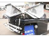 停車中はポップアップ部を開け車内の空気の入れ替えも可能となります。サイクルキャリア2基積