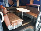 テーブルを囲んだシートアレンジも可能です!☆