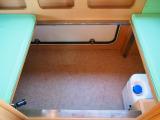 ☆ベッド下にも収納スペースが御座います。外からもアクセス可能になります☆