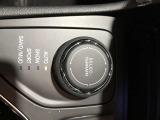 エアコン操作も手元のボタンですぐにアクセスできます!