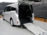 ヴォクシー  4WD スロープタイプ1 車いす2脚仕様