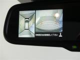 アラウンドビューモニター搭載!ミラー左端のモニターへ映像を映し出してくれます。