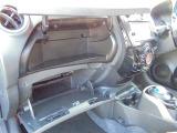 収納上手!大きなグローボックスなので小物や車検証など収納出来ます♪