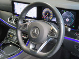 ハンドルは1.5回転の設計となっており、左右のハンドル操作が扱い易くなっております。