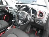 ジープ・レネゲード トレイルホーク 4WD