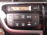 便利オートエアコン付き!!好きな温度に設定すれば自動的に温度を調整しくれます!!暑すぎず、寒すぎず快適空間をサポートします!また上級グレードの証です!!