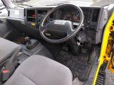いすゞ エルフ 2.0 ロング フルフラットロー