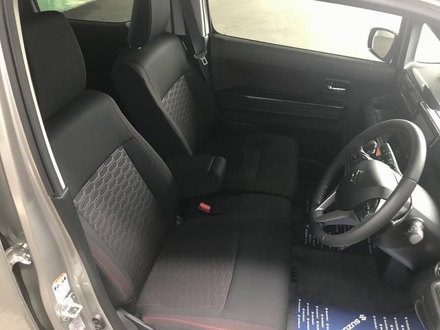 アウディ A6アバント  2.8クワトロSEパッケージ黒革全席シートヒーター