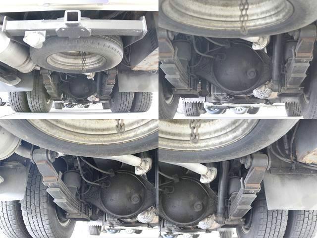 トヨタ グランドハイエース  4WD Ltd エクセレントEd (電動ドア)