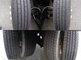 タイヤサイズ215-85R-16溝も有ります!